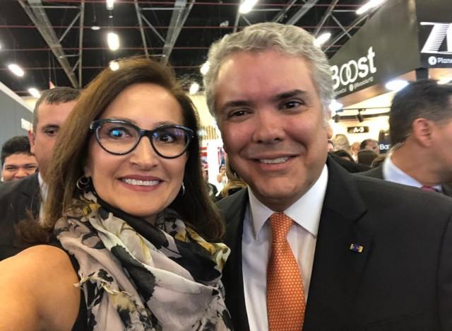 Karin Becker, Gerente Comercial do IBTeC e o Exmo. Presidente da Colômbia, Sr. Ivan Duque Márquez