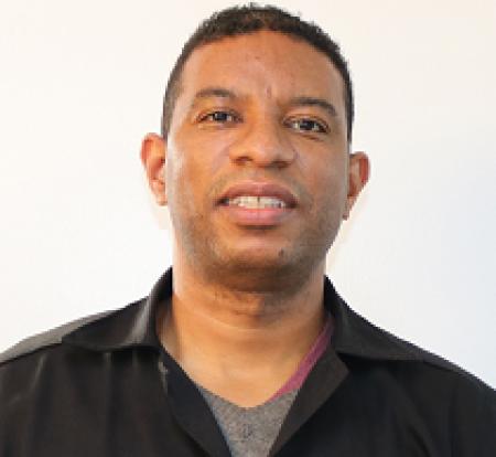 MEDIADOR - ADEMIR DE VARGA: Coordenador da Unidade de Materiais do IBTeC