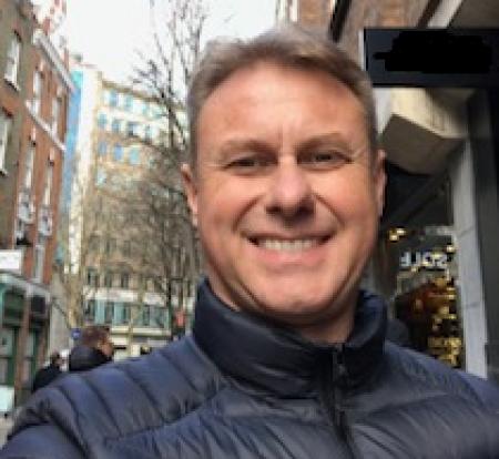 DAVI HERGEMOLLER - Gerente de estilo e criação das marcas Comfortflex e Ramarim