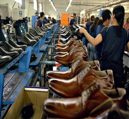 Calçados, couros e componentes